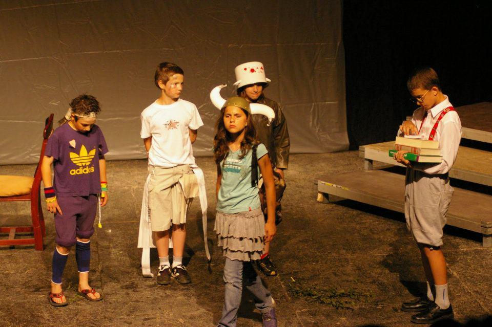 2010 - Teatrul German de Stat Timisoara (eu in   dreapta)