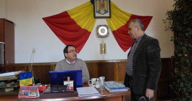 """Ședință de Consiliu Local """"fulger"""", la Moneasa"""