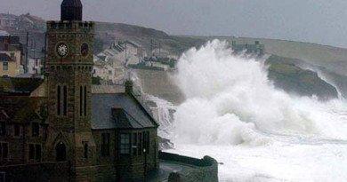 Furtuna Imogen a măturat coasta Marii Britanii