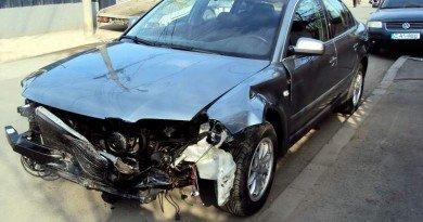 Un interlop a fost implicat într-un accident pe strada 6 Vânători