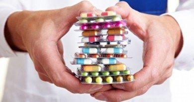 Vicepreşedintele Agenţiei Naţionale a Medicamentului, reţinut pentru dare de mită