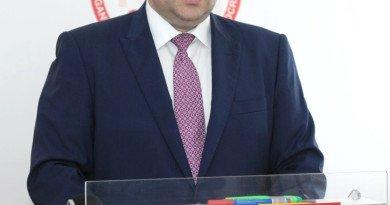 """Adrian Todor: """"Consiliul Județean a transformat Aeroportul Arad într-o afacere de partid"""""""