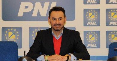 La PNL Arad democraţia a murit sub povara unanimităţii