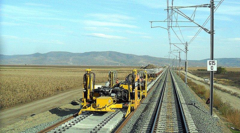 Ministrul Cuc a dat verde pentru reabilitarea liniei de cale ferată Curtici-Simeria