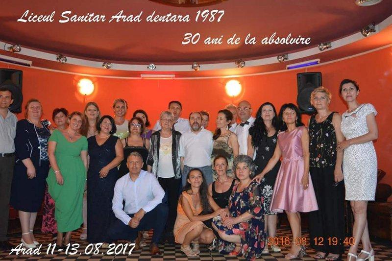 30 de ani de intalnire femeie)