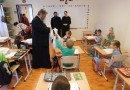 Daruri pentru copiii Școlii Sfântul Ierarh Nicolae din Arad