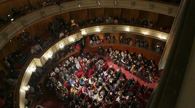 Teatru pagina