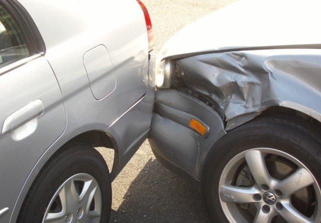 pe scurt accident