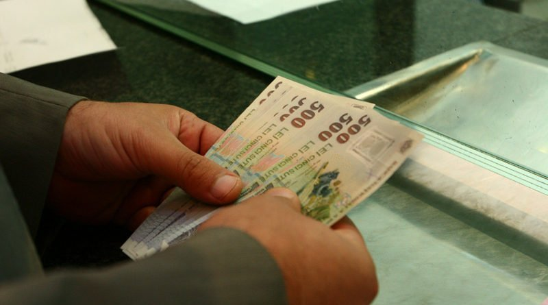 Gata cu veștile bune: restanțele arădenilor  cu credite la bănci au explodat în ultimele luni