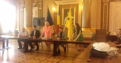 """Volumul """"Cultura și civilizația chineză – Dialoguri româno-chineze"""" a fost lansat astăzi"""
